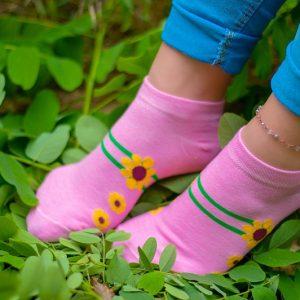 پک جوراب طرح گل خط دار